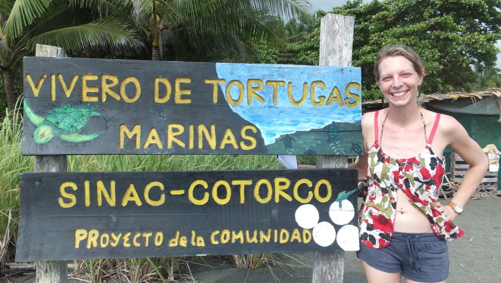 Vivero de tortugas marinas, peninsula de osa, costa rica