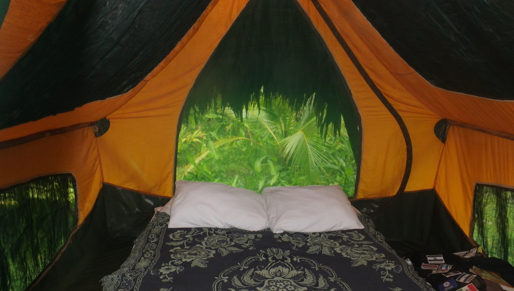 Intérieur d'une tente de Finca Exotica Ecolodge, Costa Rica