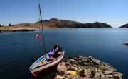 Embarcation à voile sur le lac titicaca