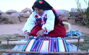 Femme quechua et Tissage artisanal