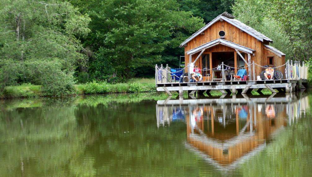 Floating hut, Moulin de la Jarousse