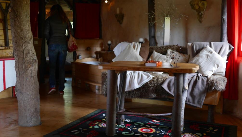 Interieur cabane hobbit, Nid Dans les Bruyères