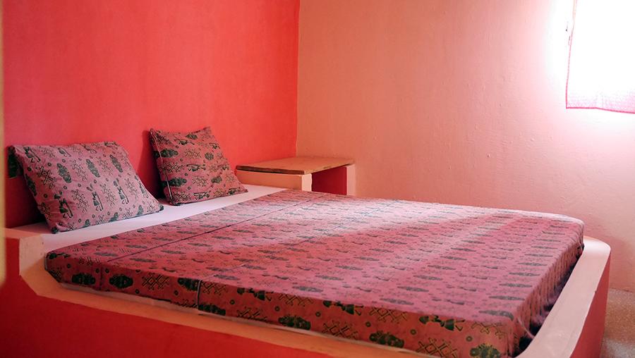 Chambre dans la case à Impluvium d'Essamaye