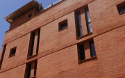 Hôtel Djoloff en Brique de Terre Comprimée